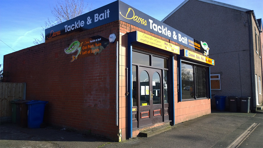 Dave S Tackle And Bait Wigan External Sign Prescott Graphics